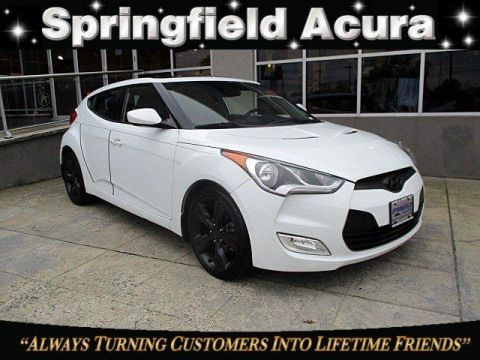 Pre-Owned 2013 Hyundai Veloster 3dr Cpe Auto w/Black Int