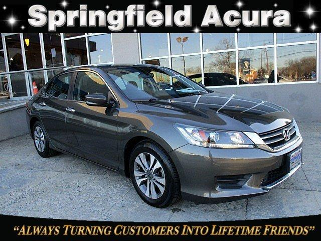 Pre-Owned 2013 Honda Accord 4dr I4 CVT LX